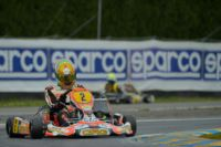 THE POLE-SITTERS OF THE WSK SUPER MASTER SERIES AT THE 7 LAGHI DI CASTELLETTO (ITALY) ARE DE CONTO (I – CRG-MAXTER KZ), SARGEANT (USA - FA KART-VORTEX OK) AND DE PAUW (B – BIRELART-PARILLA OKJ).