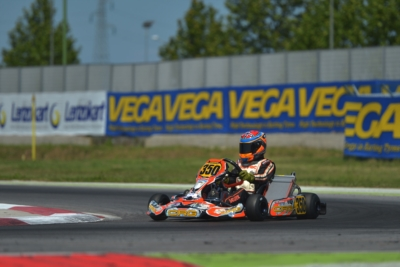 FINAL ROUND OF THE WSK SUPER MASTER SERIES AT ADRIA. THE POLE SITTERS AFTER THE QUALIFYING ARE ARDIG� (I � TONY KART-VORTEX KZ), CELENTA (I � FORMULAK-TM KZ2), BASZ (PL � KOSMIC-VORTEX OK) AND HAUGER (N � CRG-PARILLA OKJ).