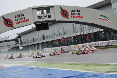 WET HEATS AT THE WSK SUPER MASTER SERIES AT THE ADRIA KARTING RACEWAY: POLE POSISTION TO VIDALES (E – TONY KART-VORTEX OK), VEZZARO (TONY KART-LKE OKJ), ABBASSE (F – SODI-TM KZ2) AND KUCHARCZYK (PL – PAROLIN-TM 60 MINI).