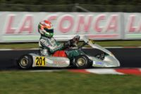 THE POLE-SITTERS OF THE WSK SUPER MASTER SERIES IN MURO LECCESE (ITALY) ARE DE CONTO (I � CRG-MAXTER KZ2), NIELSEN (DK � TONY KART-VORTEX KF) AND HAUGER (I � CRG-TM 60 MINI). SARGEANT (USA � FA-VORTEX) IS UNBEATEN IN KFJ.
