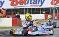 A MURO LECCESE (LE) IL PRIMO APPUNTAMENTO DELLA WSK MASTER SERIES DI KARTING HA VISTO LA VITTORIA DI VERSTAPPEN (NL � CRG-TM KZ2), BOCCOLACCI (F - ENERGY-TM KF), LORANDI (I � TONY KART-VORTEX KF JUNIOR) E MAINI (IND � TONY KART-LKE 60 MINI).